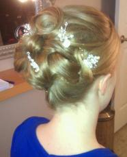 Soft Romatic Up-do Style for Brides